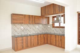 L Shaped Kitchen Design India: asian Kitchen by Scale Inch Pvt. Ltd.