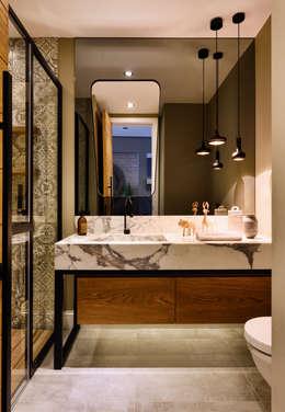Projekty,  Łazienka zaprojektowane przez Esra Kazmirci Mimarlik