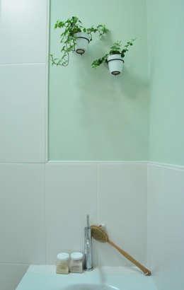 Badkamer: moderne Badkamer door Studio 8791 Interieurarchitecten