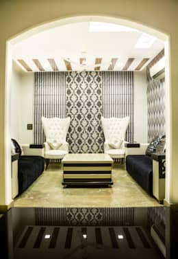 Residential Interior Design: modern Living room by Prodigy Designs