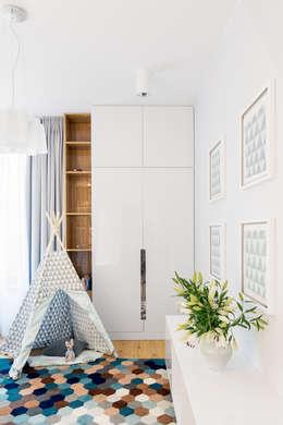 modern Nursery/kid's room by Ayuko Studio