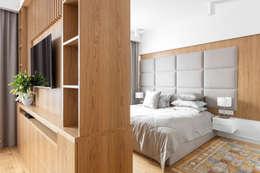 modern Bedroom by Ayuko Studio