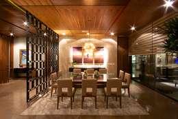 COMEDOR: Comedores de estilo moderno por Rousseau Arquitectos