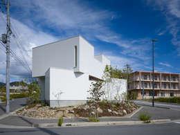 箕面の家 / House in Mino: 藤原・室 建築設計事務所が手掛けた家です。