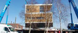 floating architecture - WKH 100 Transport: moderne Häuser von büro13 architekten