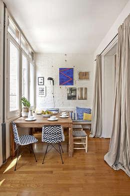 Salas de jantar modernas por THE ROOM & CO