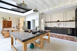 Projekty,  Kuchnia zaprojektowane przez Graham D Holland