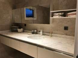 50GR Mimarlık – bakırköy_home design: modern tarz Banyo