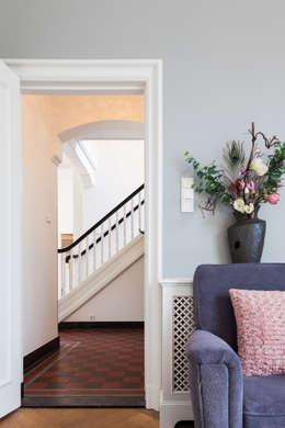 Corridor & hallway by ML Interieurarchitectuur