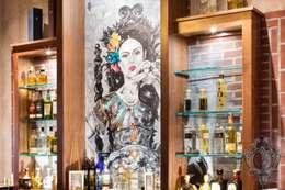Bares y Clubs de estilo  por Kellie Burke Interiors
