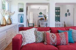 غرفة المعيشة تنفيذ The Interiors Online