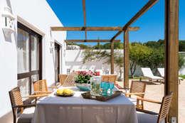 Exterior | Zona de refeições: Habitações  por The Interiors Online