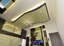 Residence OF Mr.Raghav: classic Bedroom by A-Z Architects & Vaastu