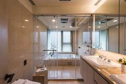 NO.25 C宅:  浴室 by 汎羽空間設計