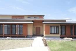 和風外観住宅: 株式会社 北島建築設計事務所が手掛けた家です。