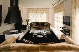 Moradia Unifamiliar: Salas de estar modernas por Archiultimate, architecture & interior design