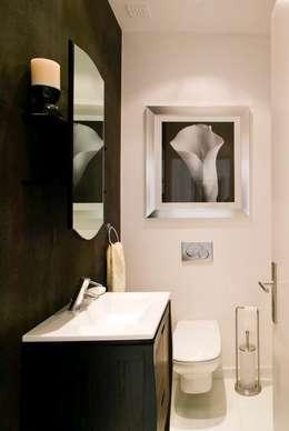 Moradia Unifamiliar: Casas de banho modernas por Archiultimate, architecture & interior design