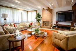 modern Living room by Juliana Teixeira Arquitetura