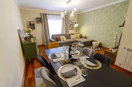 Sala de Estar e Jantar em Odivelas: Salas de jantar tropicais por Sizz Design