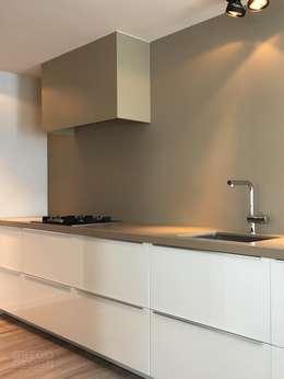 Maatwerk keukenontwerp: moderne Keuken door Grego Design