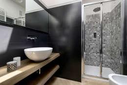 modern Bathroom by Daniela Nori