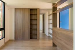 : Salas de estilo moderno por Ensamble de Arquitectura Integral