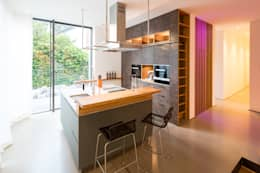 Cocinas de estilo moderno por DIEPENBROEK I ARCHITEKTEN