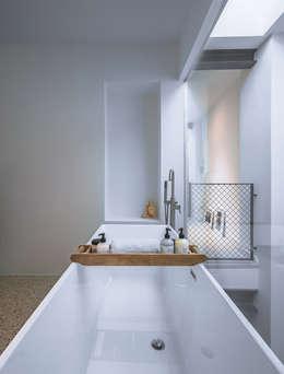 modern Bathroom by EVA architecten