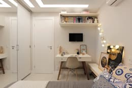 classic Bedroom by Deise Maturana arquitetura + interiores