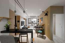 غرفة المعيشة تنفيذ 築川室內裝修設計有限公司