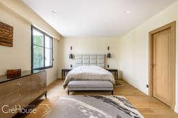 moderne Schlafzimmer von Agence CréHouse