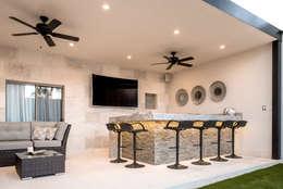Terrazas de estilo  por S2 Arquitectos