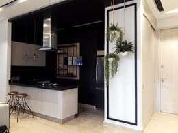 Diseño y construccion (Reforma y remodelacion) - Apto de soltero - Barranquilla: Cocinas de estilo industrial por Savignano Design