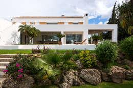 Rock Garden by Alejandro Giménez Architects