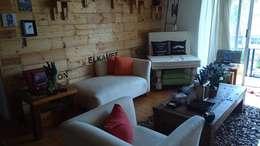 Diseño de espacio para depto en la CDMX: Salas de estilo moderno por Forja Terra
