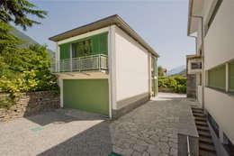 Maison individuelle de style  par Chantal Forzatti architetto