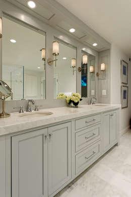 Baños de estilo clásico de BOWA - Design Build Experts