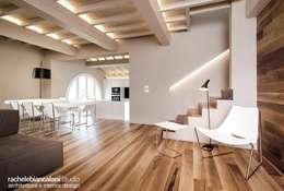 Projekty,  Korytarz, przedpokój zaprojektowane przez Rachele Biancalani Studio - Architecture & Design