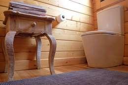 Salle de bains de style  par Rusticasa