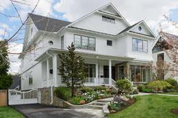 Дома на одну семью в . Автор – BOWA - Design Build Experts