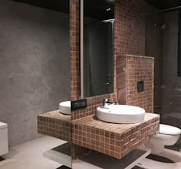 Iscon Platinum Show Apartment : modern Bathroom by Studio R designs