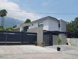 房子 by AYALA Proyectos y Construccion