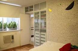 Apartamento Vieira Souto: Quartos  por Espaço Tania Chueke
