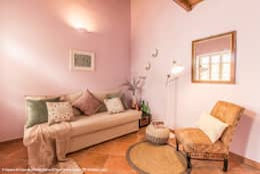 eclectic Living room by Sapere di Casa - Architetto Elena Di Sero Home Stager