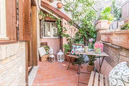Patios & Decks by Sapere di Casa - Architetto Elena Di Sero Home Stager