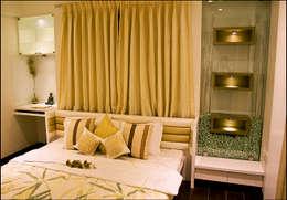 Master Bedroom: modern Conservatory by H interior Design