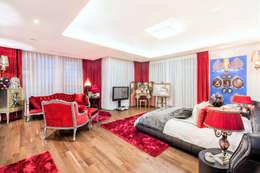 갤러리아포레: thedesigns의  침실