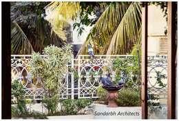 Rahaman's residence: eclectic Garden by Sandarbh Design Studio