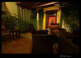 Temple Bells - Arati and Sundaresh's Residence:  Garden Shed by Sandarbh Design Studio