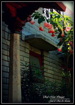 Temple Bells - Arati and Sundaresh's Residence: eclectic Houses by Sandarbh Design Studio
